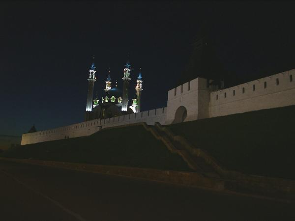 Стена Казанского Кремля