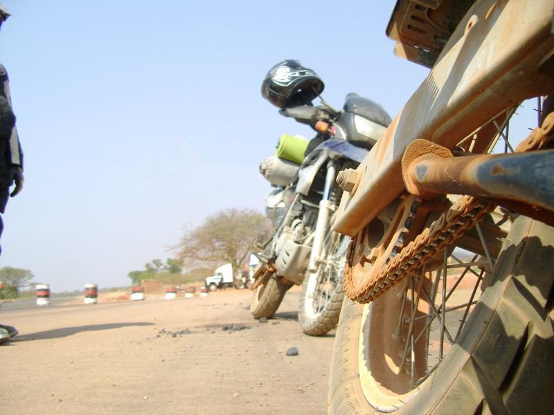 Мотоцепь в бездорожъе